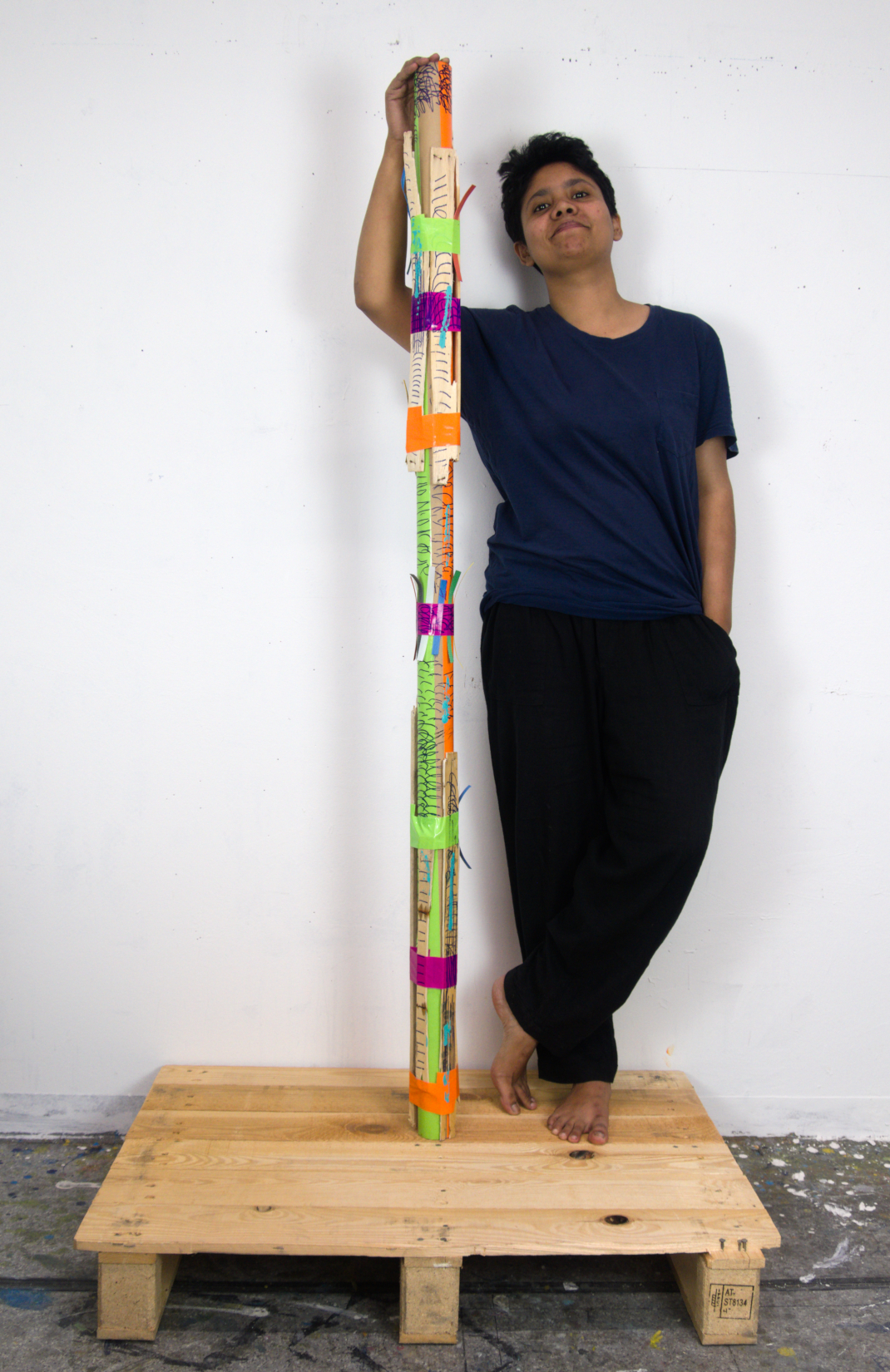 Aklima Iqbal // vertical line-2 with artist